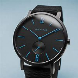 """Bering horloge """" True Aurora Black 40 mm """" ronde kast in kleur gecoat en voorzien van een gekleurde rubberen band - 211822"""