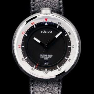 Bolido X design horloge, automaat swiss made, model CD, stalen kast 45,5 mm aan beide zijde's een saffierglas,zwarte wijzerplaat met zilverkleurige rand en rode accenten 5 atm WD - 213047