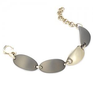 Marcello Pane fantasie armband bestaande uit een combinatie van zilveren schakels geel verguld en olijfkleurig gevulkaniseerde rubberen schakels; ca 20 cm - 212470
