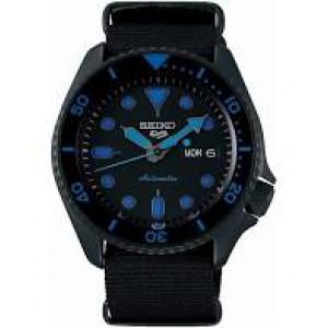 Seiko 5 Sports automatic stalen kast donker gecoat + zwart nylon band , zwarte wijzerplaat, 100m WD - 211185